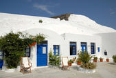 Traditional house in Santorini, Greece — Stock Photo