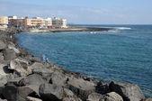 Atlantic coast near town Corralejo, Canary Island Fuerteventura, Spain — Stock Photo