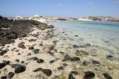 Pláž poblíž el cotillo, kanárské ostrov fuerteventura, španělsko — Stock fotografie