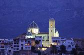собор altea, освещенной ночью, испания — Стоковое фото