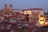 The old town of Porto - Ribeira - at dusk, Portugal — Stock Photo