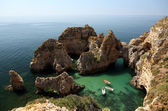 Falaises de la côte de l'algarve au portugal — Photo
