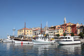 Fishing boats in the old harbor of Rovinj, Croatia — Stock Photo
