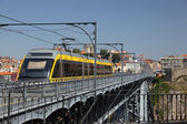 Metro on Dom Luis I Bridge in Porto, Portugal — Stock Photo