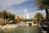 Hotel madinat jumeirah in dubai, verenigde arabische emiraten — Stockfoto