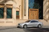 Luxury Car in Dubai, United Arab Emirates — Stock Photo
