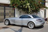 Luxury sports car Mercedes Benz SLR McLaren in Dubai — Stock Photo
