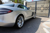 Luxury sports car Mercedes Benz SLR McLaren in Dubai — Stock Photo