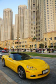 Yellow cabriolet in Dubai, United Arab Emirates — ストック写真