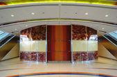 Dettaglio di una stazione della metropolitana di dubai, emirati arabi uniti — Foto Stock