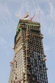 современный небоскреб строительство — Стоковое фото