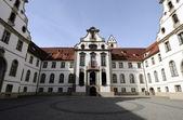 Pátio do castelo em fuessen, alemanha — Foto Stock