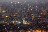 Staden shanghai upplyst på natten — Stockfoto