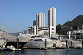 Luxury yachts in Hong Kong Aberdeen — Stock Photo