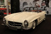 Mercedes-Benz 300 SL Roadster from 1960 — Stock Photo