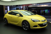 New Opel Astra GTC — Stock Photo