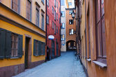 Narrow street in Gamla Stan, Stockholm — Stock Photo