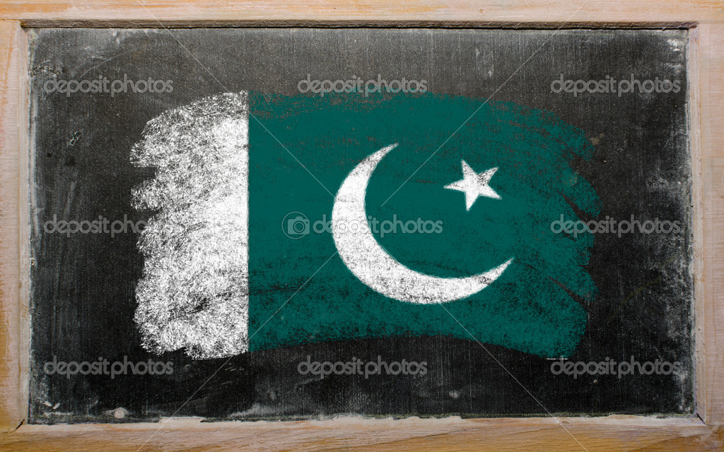Chalky Pakistan flag painted with color chalk on old blackboard — Stockfoto #6836989