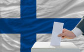 Man voting on elections in finland — Foto Stock