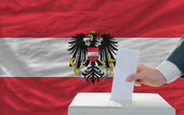 Man voting on elections in austria — Foto Stock
