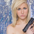Beautiful Naked Blond Woman With Hand Gun — Stock Photo