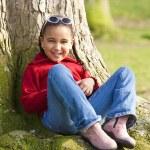 küçük kız eğleniyor — Stok fotoğraf