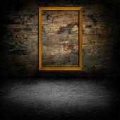 木墙上的画框 — 图库照片
