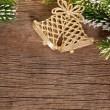Kerstmis grens van tak en klokken — Stockfoto
