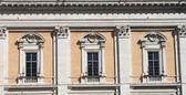 Renässansens windows — Stockfoto
