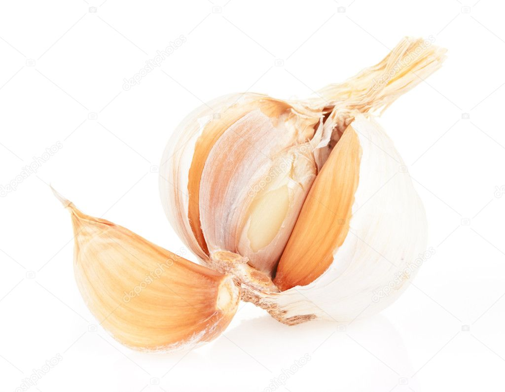 Fragrant garlic cloves on white background — Stock Photo #6887910