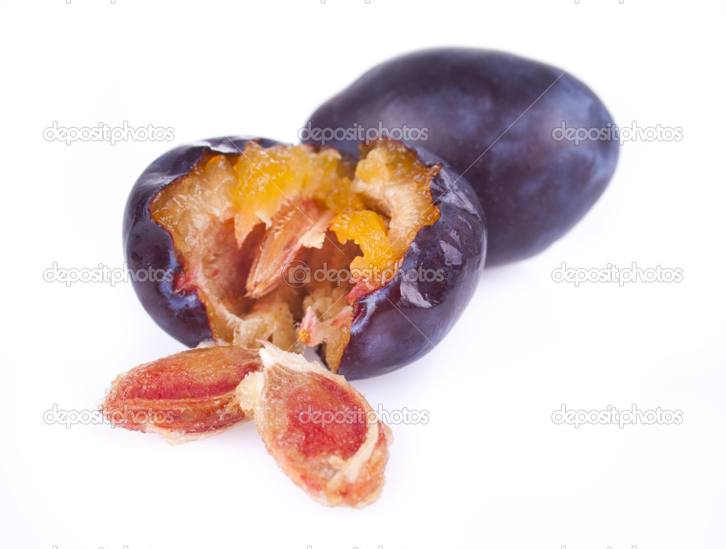 Juicy delicious plums with bone — Stock Photo #6888010