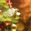 Background with a Christmas tree and holiday lights. — Stock fotografie