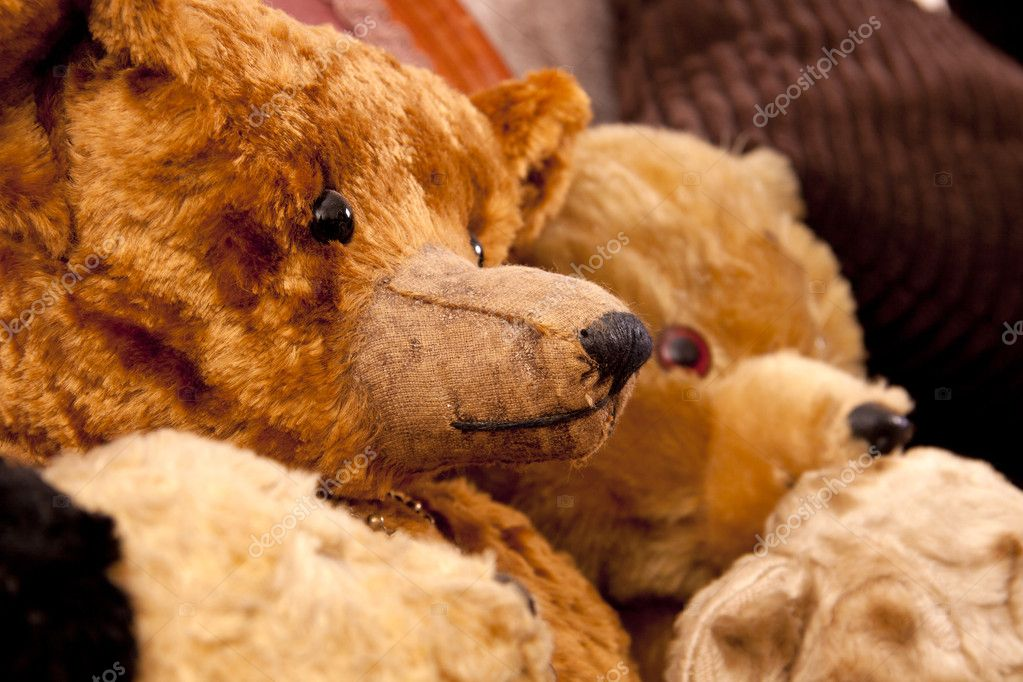 Old handmade antique bears in very good condition.  — Stock Photo #7612992