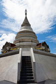 White pagoda in Wat Phra That Pha Ngao — Stock Photo