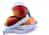 Perzik omgeven — Stockfoto