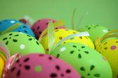 Barevné velikonoční vajíčka — Stock fotografie