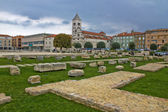 Green square in Zadar - Forum, roman remains — Stock Photo