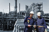 Workers and oil industry — Stock Photo