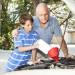 Changing Motor Oil — Stock Photo