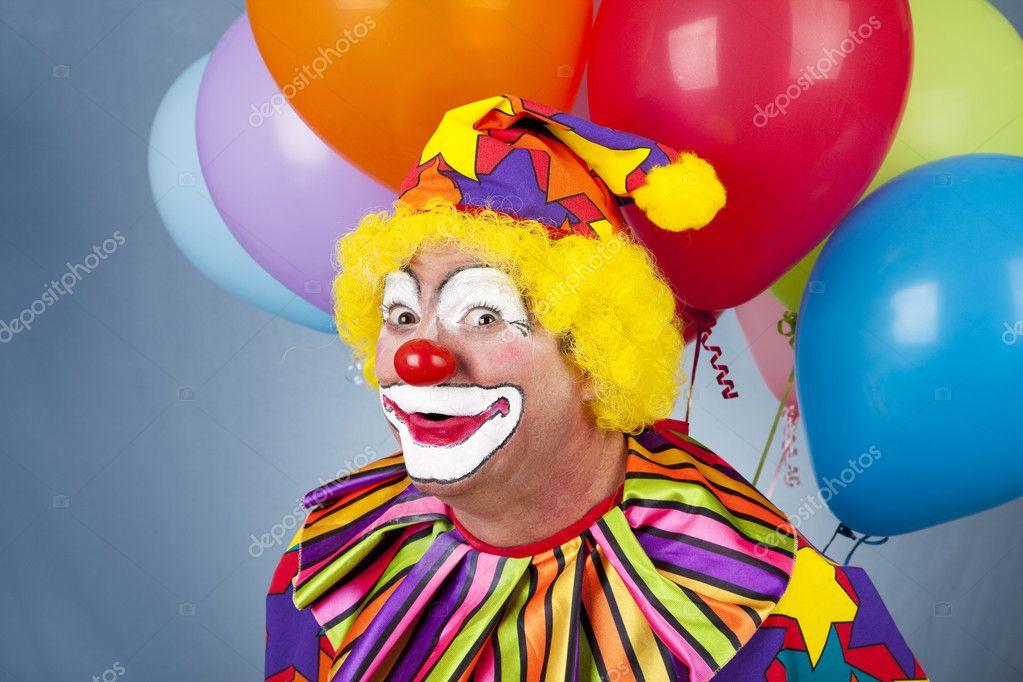 Смешной сценарий дня рождения с клоуном