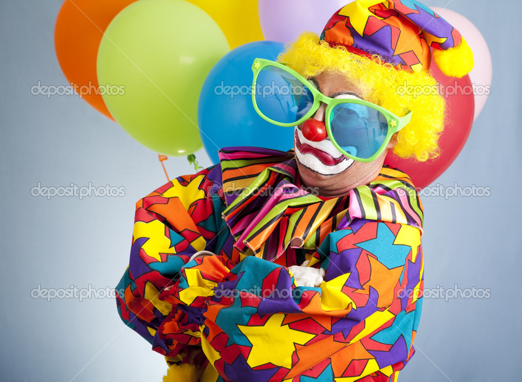Funny clown with oversized glasses making a gangsta pose.   — Stock Photo #6802404
