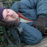 Homeless Man - Park Bench Closeup — Stock Photo