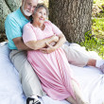 Romantic Seniors Outdoors — Stock Photo #6817003