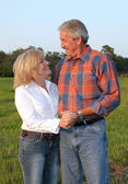 Country Couple Romantic — Stock Photo