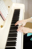 Pianist Plays Church Hymns — Stock Photo