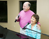 Senior Couple Singing Together — Stock Photo