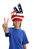 Patriotic Teen - Peace Sign — Стоковое фото