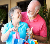 Shopping Seniors In Love — Stock Photo
