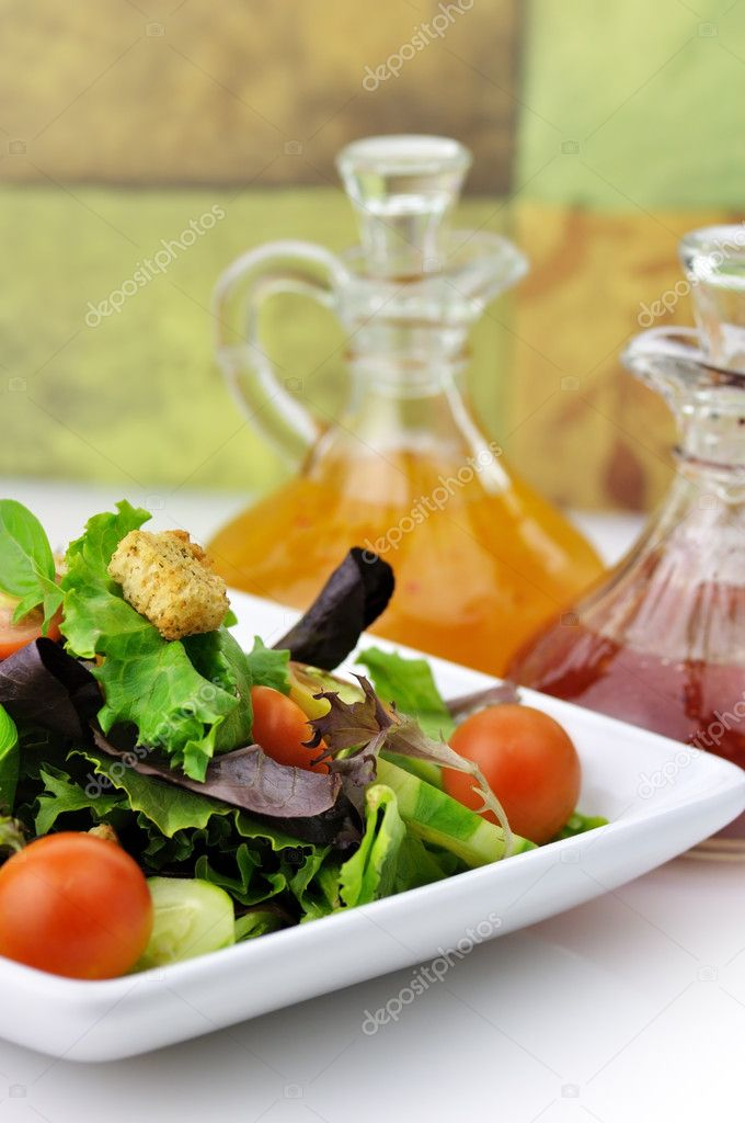 Fresh vegetable salad with salad dressings  — Stock Photo #6822290