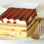typowy włoski deser o nazwie tiramisu — Zdjęcie stockowe